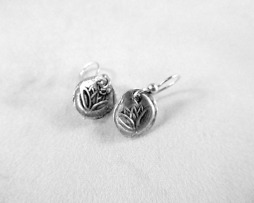 flower charm earrings